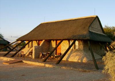Tour 01 - Kgalagadi Transfrontier Park - Accommodation - Twee Rivieren Chalets