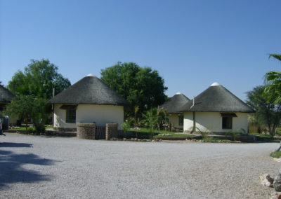 Tour 35 - Kalahari - Port Elizabeth - Accommodation - Molopo Lodge