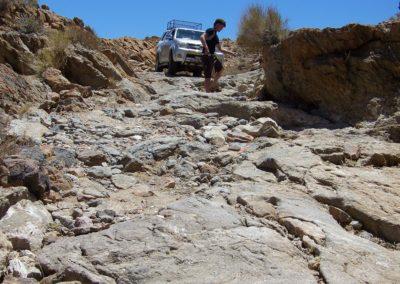 Tour 33 - Kalahari - Diamond Coast 4x4 Tour - Preparing to descent, Molopo 4x4 Trail, Riemvasmaak