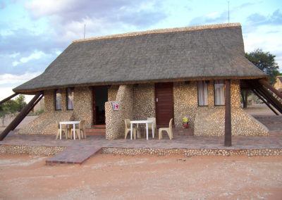 Tour 05 - Kgalagadi Birding - Accommodation - Twee Rivieren Chalet