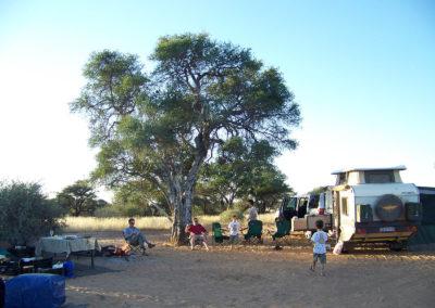 Tour 12 - Kgalagadi - Mabuasehube 4x4 - Accommodation - Motopi Campsite